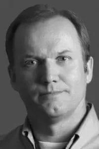 Headshot of Dr. Gary Richardson
