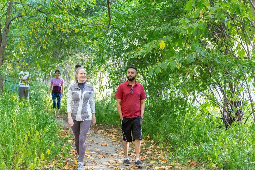People on a hike at Sunnybrook park